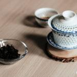 Gaiwan perforowany i herbata, warsztaty.